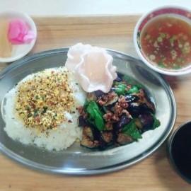 茄子とピーマンの肉味噌炒めプレート