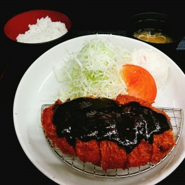名古屋名物‼味噌カツ定食